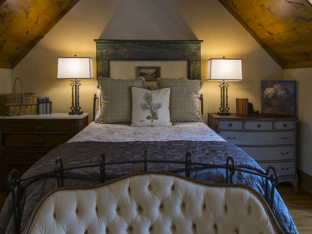 Queen bedroom with private bath, clawfoot soaking tub, lake view